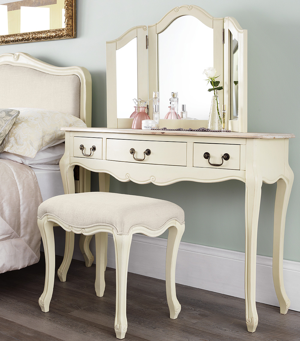 Shabby chic champagne furniture cream chest of drawers for Vanity dressing table