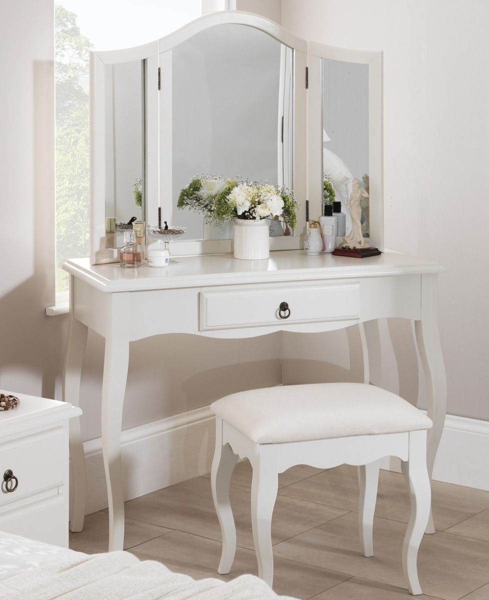 romance white dressing table stunning french dressing. Black Bedroom Furniture Sets. Home Design Ideas